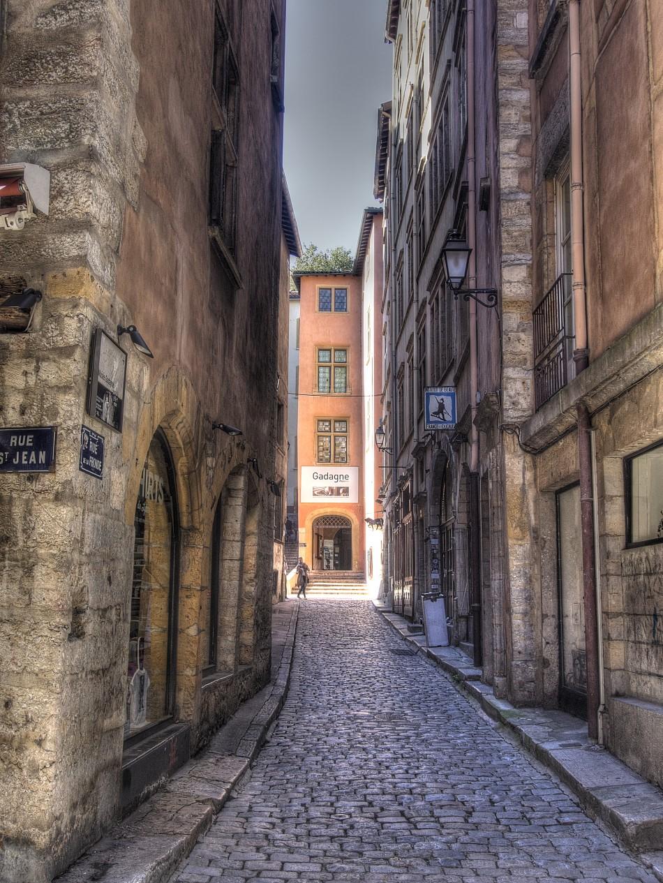 Rue de la Fronde in Vieux Lyon