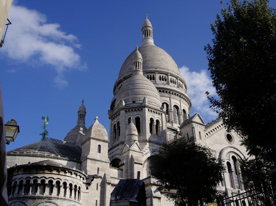 Basilique Sacré-Coeur from the Side