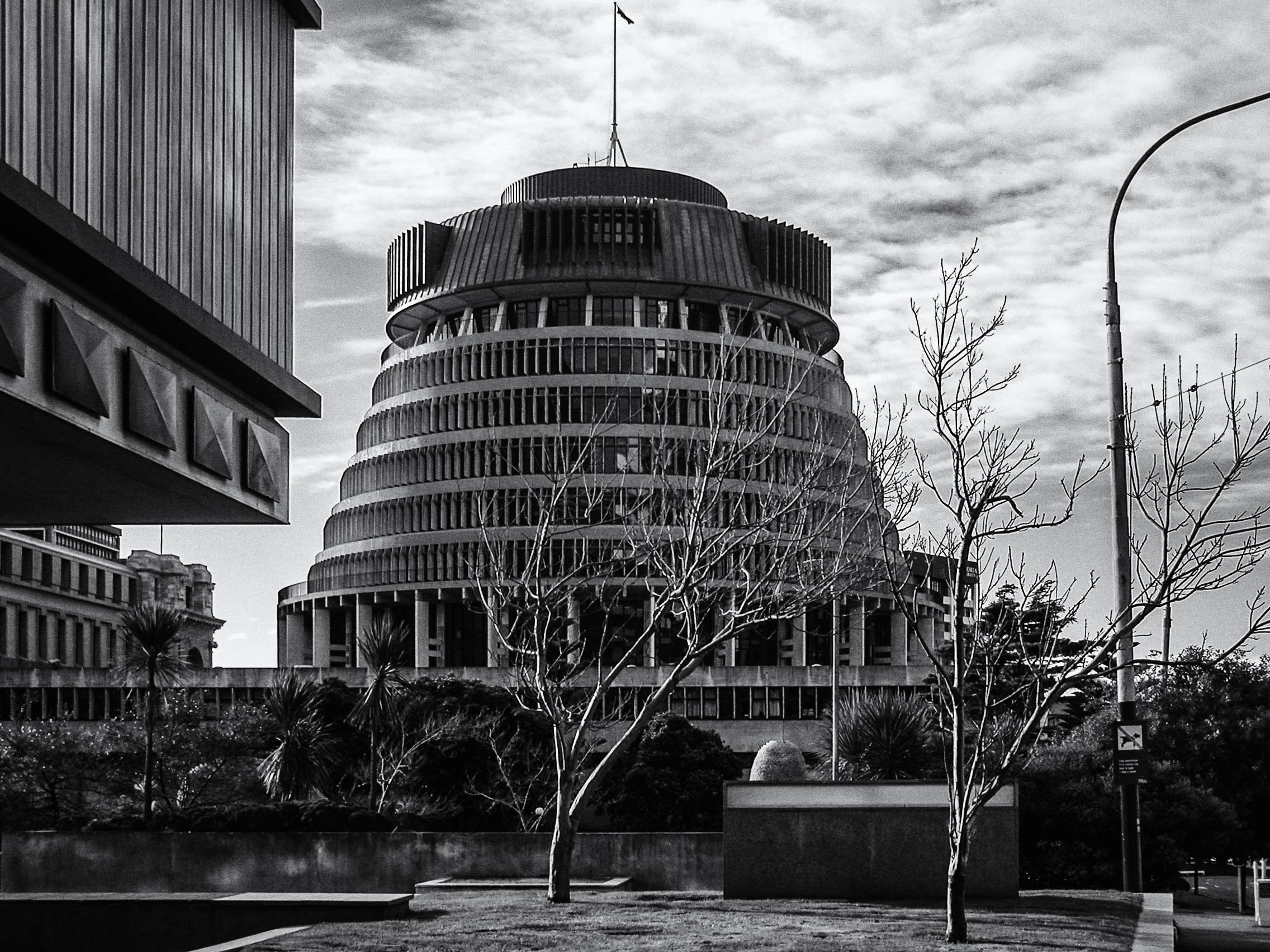The Beehive - New Zealand Parliament