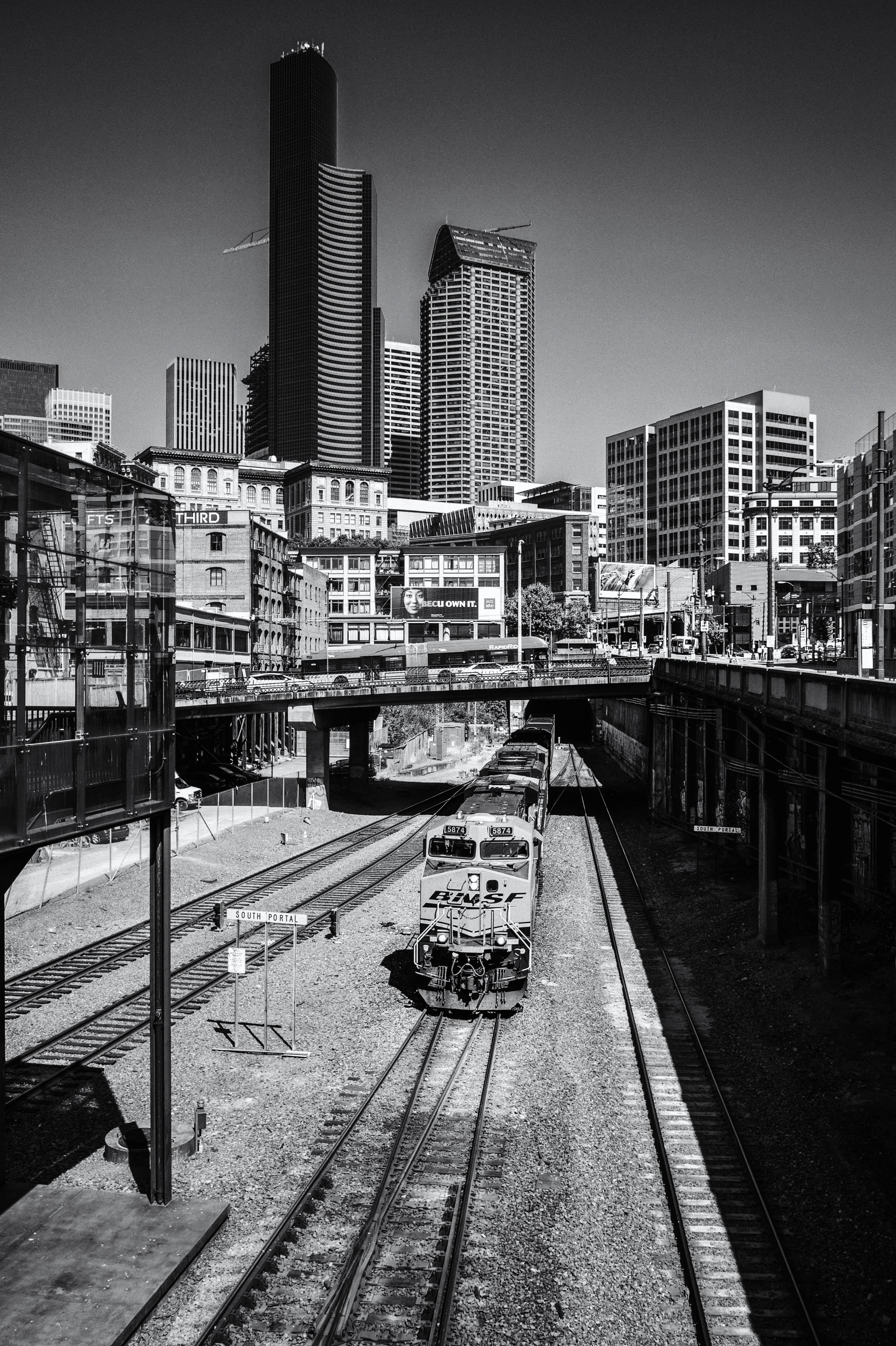 BNSF Rolling Through Seattle - BW